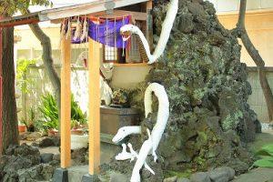 s IMG 1443 300x200 - 白蛇神社は東京にもあった!金運を上げるには巳の日にお参りしよう!